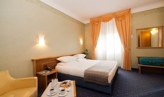 OFFERS AND PROMOTIONS ELE Green Park Hotel Pamphili